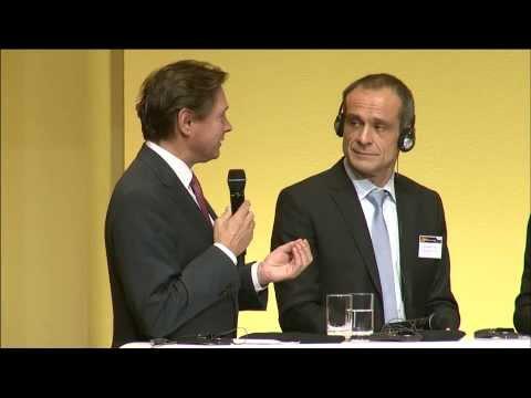 Podiumsdiskussion - Wie passt die deutsche Energiewende in den europäischen Energiemarkt?