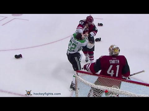 Alex Grant vs Colton Sceviour Mar 31, 2016