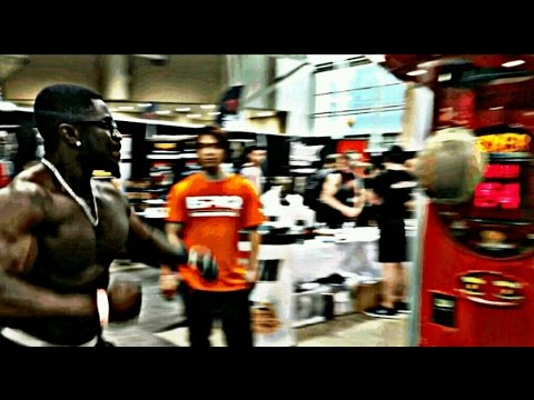 Bodybuilder Punching Machine FAIL