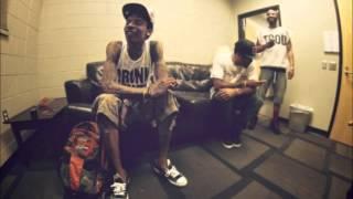 [LYRICS] Wiz Khalifa - Ozs & Lbs feat. Chevy Woods & Berner