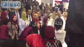 بالفيديو  الشباب يختتمون مؤتمرهم القومي ب السلام الوطني