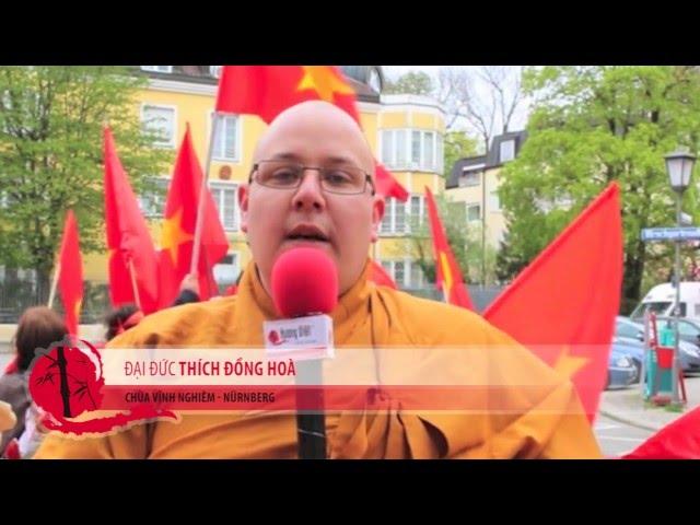 Phóng sự người Việt biểu tình chính quyền Trung Quốc tại CHLB Đức