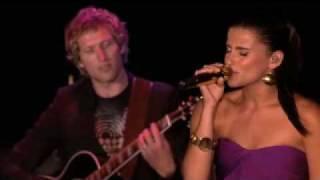 Nelly Furtado - Sozinho - LIVE (2007)