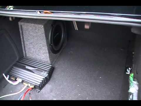 pioneer-1000-watt-subwoofer-in-audi