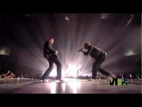 Coldplay - Talk (Live at Europe Music Awards 2005 (High Definition)
