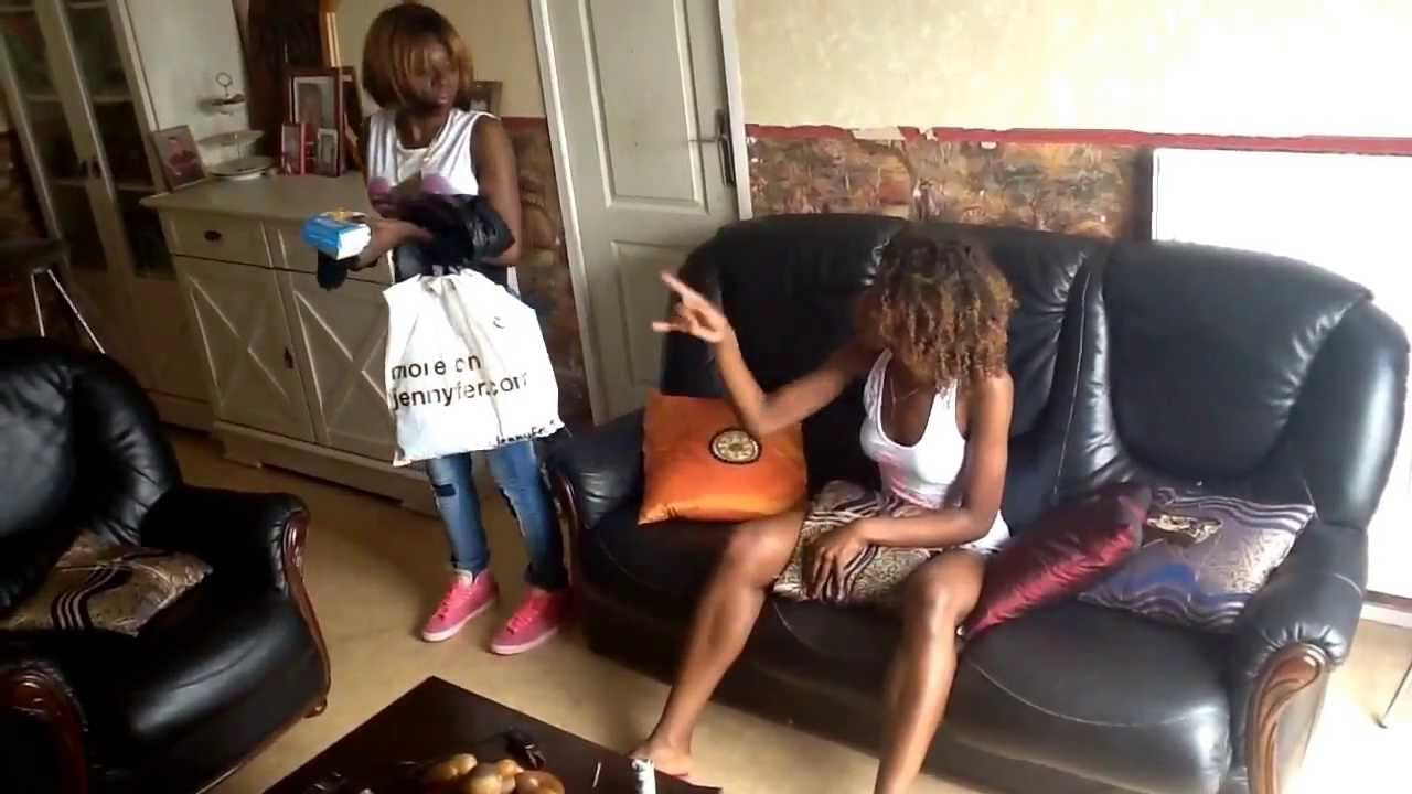 colocation entre filles episode 7 bagarre pour un plat. Black Bedroom Furniture Sets. Home Design Ideas