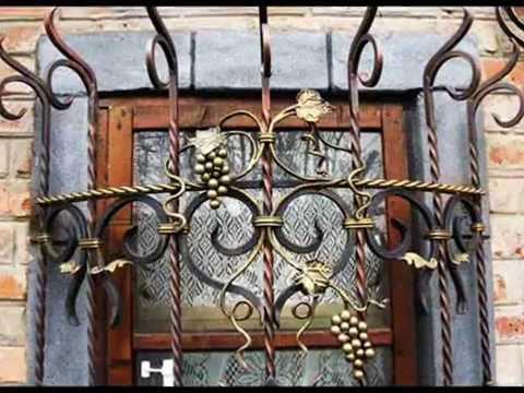 Красивые металлические решетки на окнах ваших дачных домов