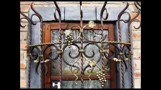 видео Ковано сварные решетки на окна