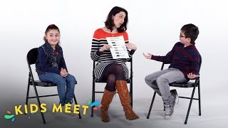 Ethan and Helena Meet a Poop Doctor | Kids Meet | HiHo Kids