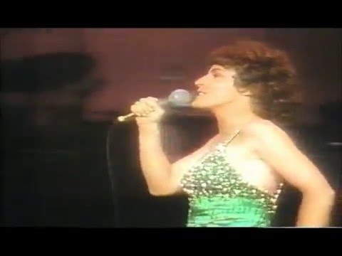 HELEN REDDY - MEDLEY OF HITS LIVE PART 2 - 1976 LAS VEGAS CONCERT