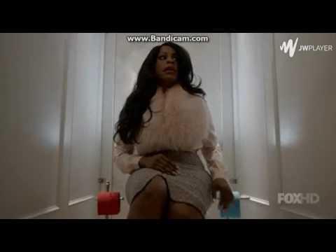 Scream Queens S1e9 Bathroom Fight Scene Denise Vs Red