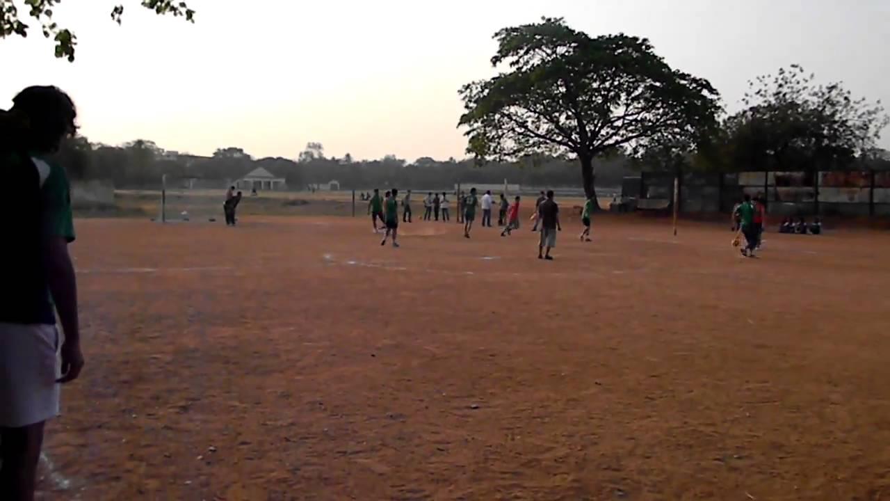 مباراة فريق طلبة العراق في الهند مع فريق تركمانستان