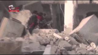 Raw: Syrian Forces Drop Barrel Bombs on Aleppo