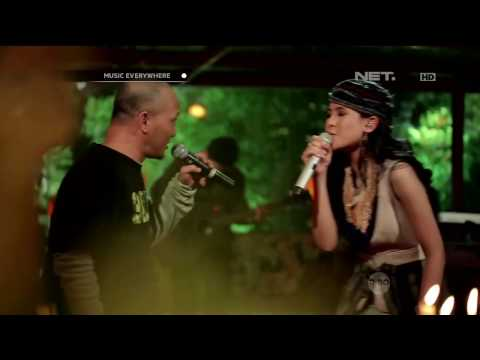 Maudy Ayunda feat. Iwa K - This Moment (Live at Music Everywhere) **