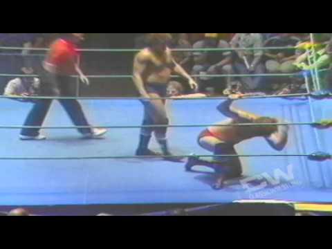 Terry Funk vs Bob Orton