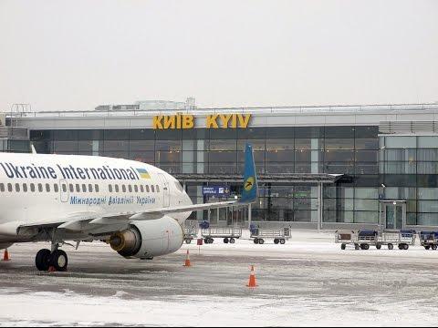 Эмиграция из Украины: треть страны хочет уехать