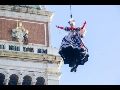 Carnevale di Venezia 2018 - Il Volo dell'Angelo -- Venice Carnival - The Flight of the Angel