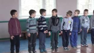 Урок фізкультури (1 клас)