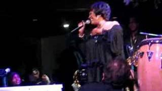 Patti LaBelle Singing Somewhere Over the Rainbow