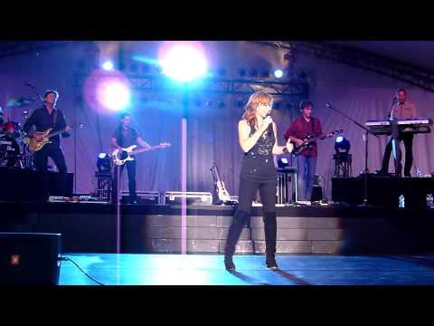 Reba McEntire - The EX - Saskatoon, SK - Aug 9, 2011 - If I Were A Boy