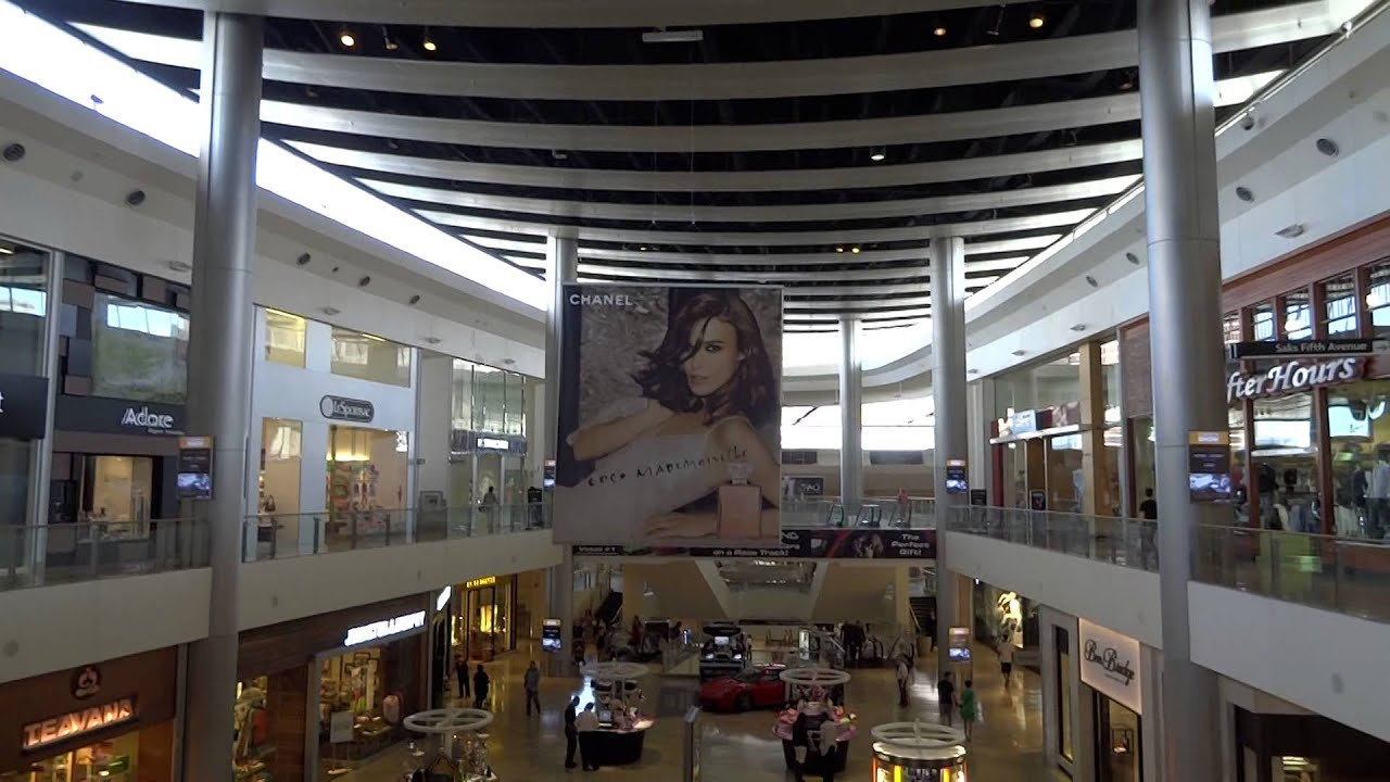 Inside Fashion Show Mall, Las Vegas Strip