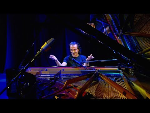 "Yanni – ""Until The Last Moment"" - Live On Broadway!"