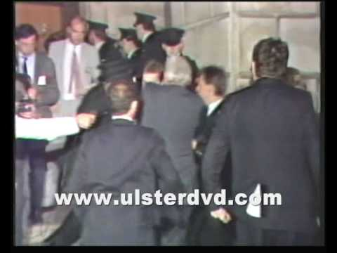 Ian Paisley Thrown out of Stormont by RUC June 1986