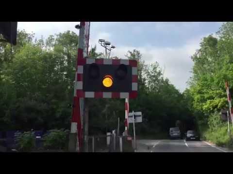 Betchworth Level Crossing, Surrey (29/05/2016)