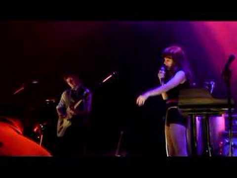 Rilo Kiley - I Love LA (encore) 10-15-2007 @ Santa Monica