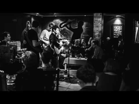 MichałŁanuszka - Solsbury Hill (Peter Gabriel cover)