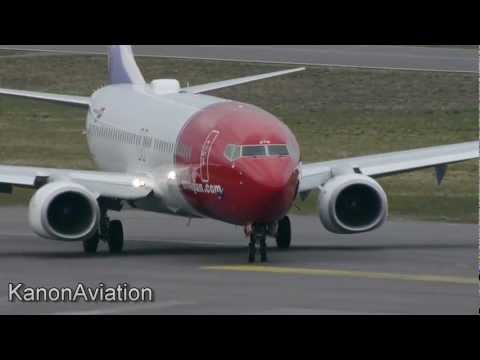 Plane spotting at Torp TRF ENTO 19-04-2012 Norwegian Widerøe