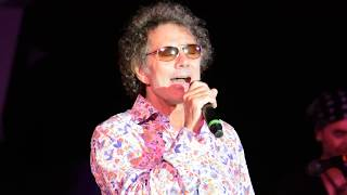 Starship Featuring Mickey Thomas - Fooled Around and Fell in Love - 8/9/2014