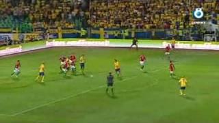 Sverige-Holland (3-2) EM-kval 2011 (Radiosportens kommentatorer) Alexander Kacaniklic gör 2--0 till Sverige i VM-kval-matchen mot Tyskland. Kort