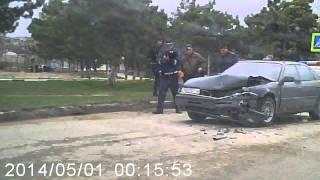 ДТП Бахчисарай Крым 18.03.15(Это видео создано с помощью видеоредактора YouTube (http://www.youtube.com/editor), 2015-03-18T19:08:46.000Z)