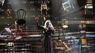 Один в Один! Юлия Паршута - Далида (Je suis malade)(Второй сезон суперпопулярного шоу «Один в один!» - это десять суперхитов, которые на одной сцене вживую..., 2014-04-13T16:00:04.000Z)