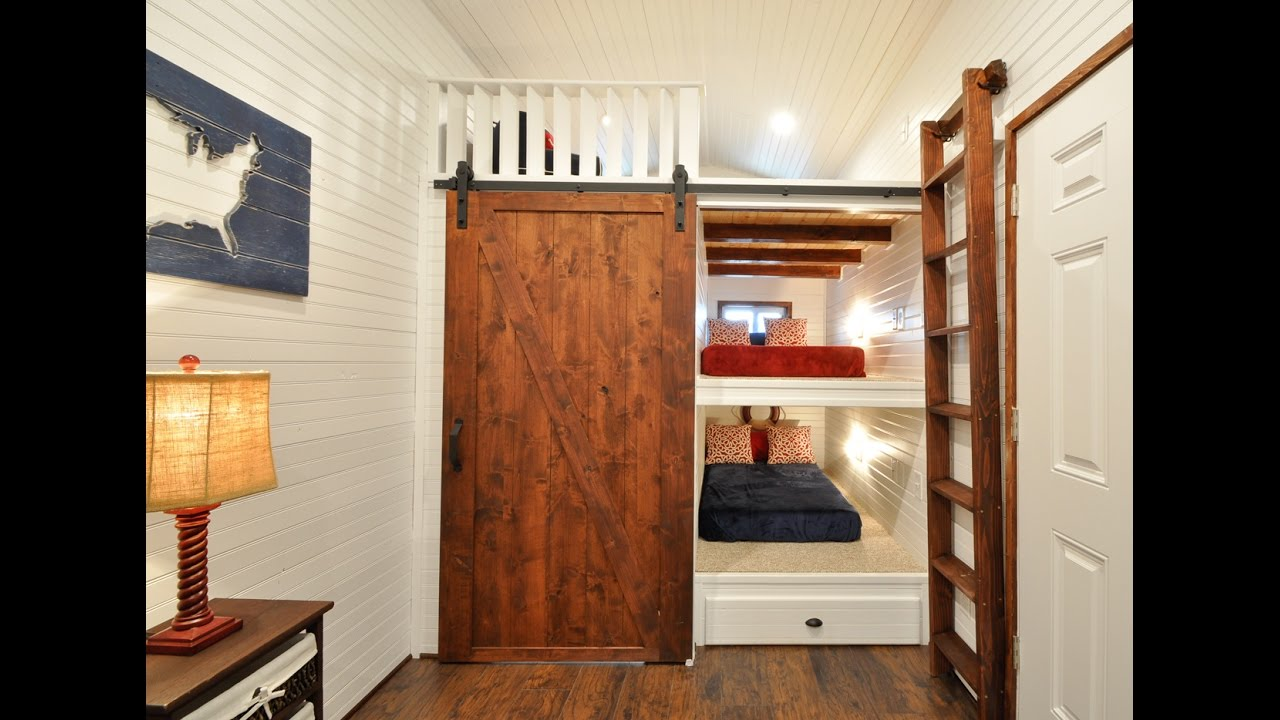 32 Tiny House Has Built In Bunk Beds For The Kiddos Youtube