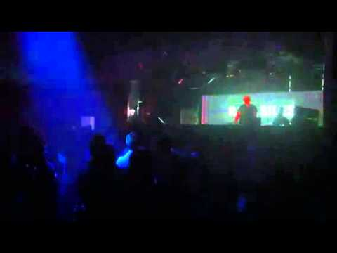2014 05 24 Rafa Siles @ La Room - Playing The Deals - Ripper (Siles Remix) Consumed Music Part 2