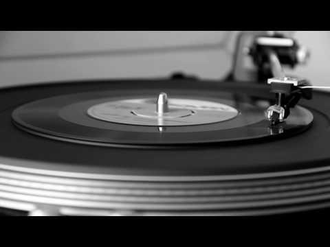 Fikret Kızılok - Güzel Ne Güzel Olmuşsun (Orjinal Plak Kayıt)