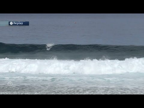 Kelly Slater Earns 9.63 to Make His First Final of the Year