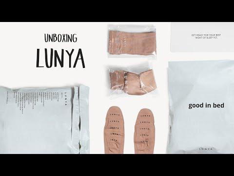 Unboxing Lunya