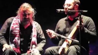 """VOLKAN KONAK """"YENI CIKAYI YENI DA DERELERIN""""  LIVE IN AMSTERDAM HEINEKEN MUSIC HALL 07-11-2010"""