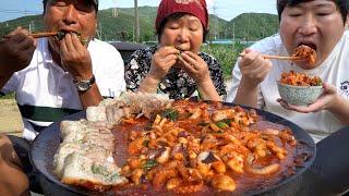 [낙지보쌈] 매콤한 낙지볶음에 잘 삶은 보쌈의 조합! (Stir-fried small octopus & Boiled pork) 요리&먹방!! - Mukbang eating show