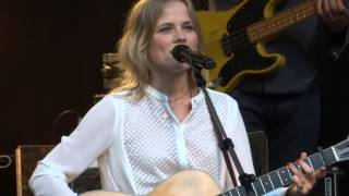 Common Linnets - Ilse Delange: Flying Blind - Caprera Bloemendaal 3 juli 2015