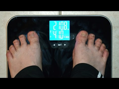 Unboxing and Setting Up EatSmart Precision GetFit Digital Body Fat Scale