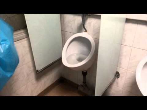 How To Unclog Your Toilet Without Plunger