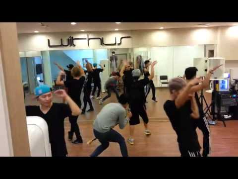 Download [withus] Romeo - DEVIL (Dance Practice).mp4