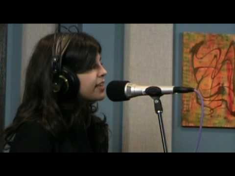 Nikki Yanofsky 'Stompin' At The Savoy' | Live Studio Session
