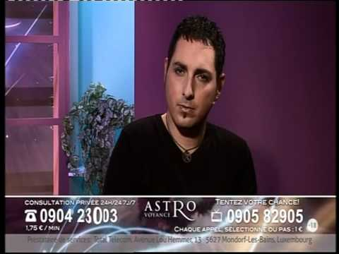 Astrovoyance   Nicolas Gigliotti et Carl - La Saint-Nicolas - YouTube 752ff9c2ee16