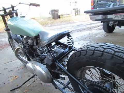1954 Triumph Bobber 1960 Thunderbird Motor