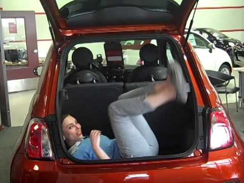 fiat 500 trunk space youtube. Black Bedroom Furniture Sets. Home Design Ideas
